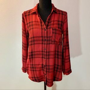 Forever 21 Red/Black Long Sleeve Flannel - Small